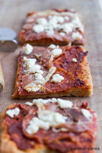 Best Gluten-Free Pizza Crust via @alyssarimmer | #glutenfree