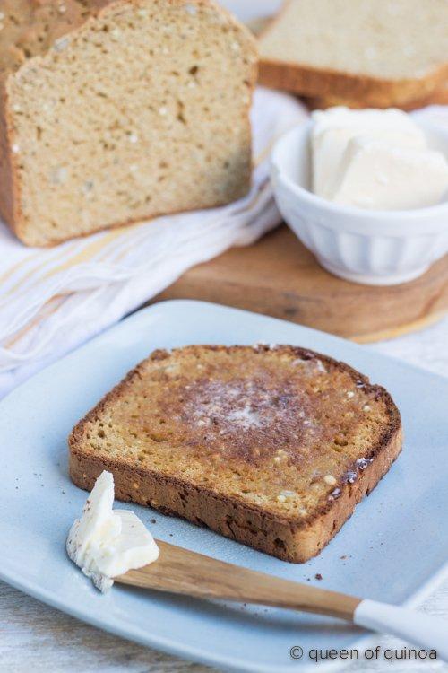 high-protein-quinoa-bread
