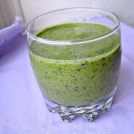 rp_Green+Smoothie_The+Queen+of+Quinoa.JPG