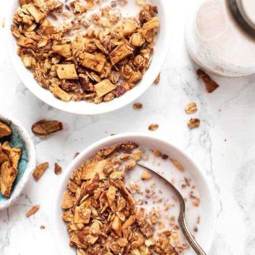 Healthy Granola with Apples & Cinnamon