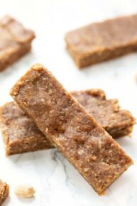 Healthy Protein Bars with Peanut Butter