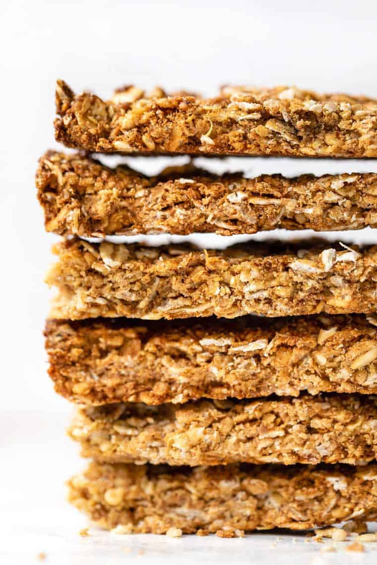 Crispy Granola Bars with Quinoa