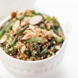 healthy quinoa salad with green beans and almonds