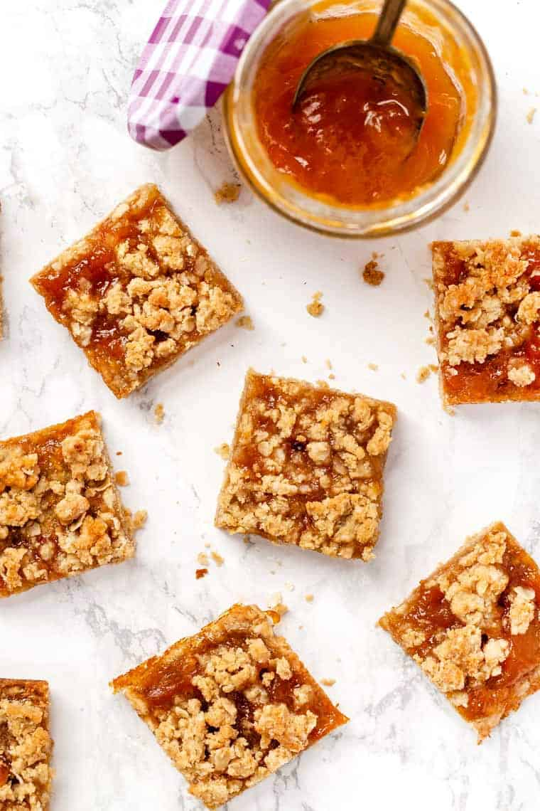 Healthy Apricot Bars with Oatmeal Crumble