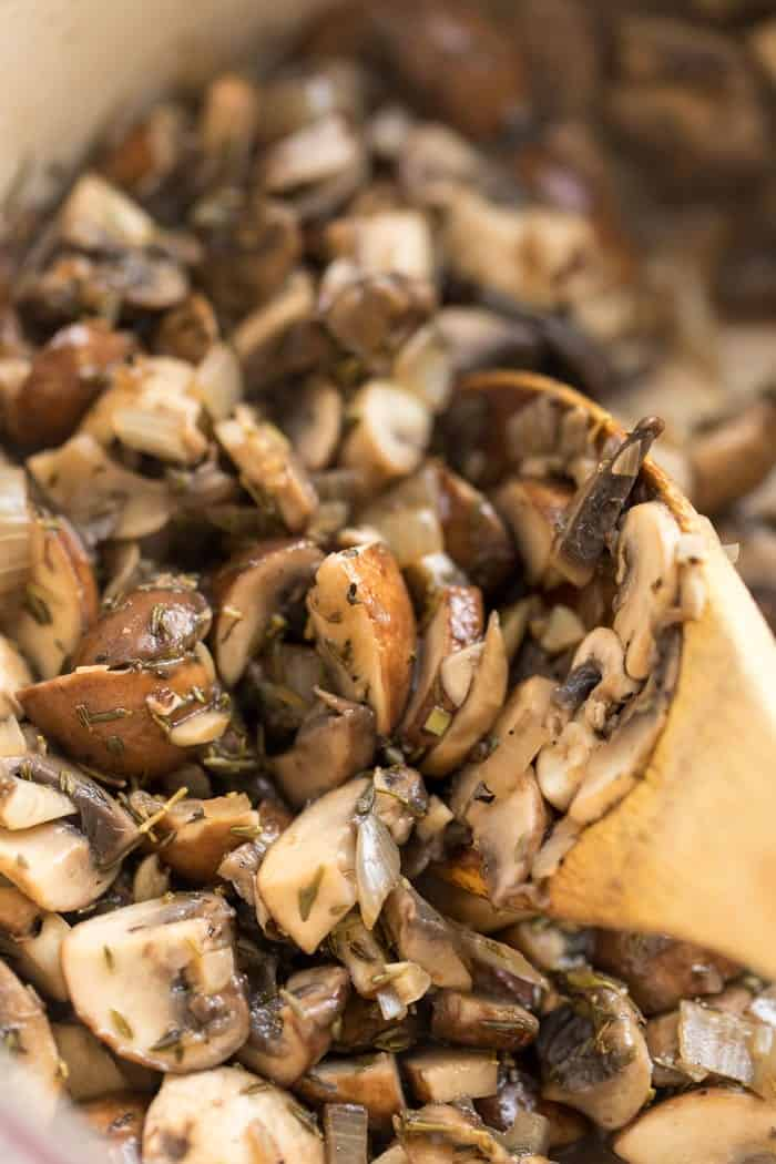 how to saute mushrooms in a dutch oven