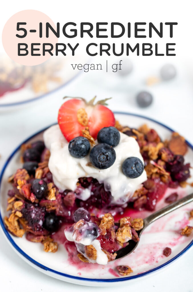 5-Ingredient Mixed Berry Crumble