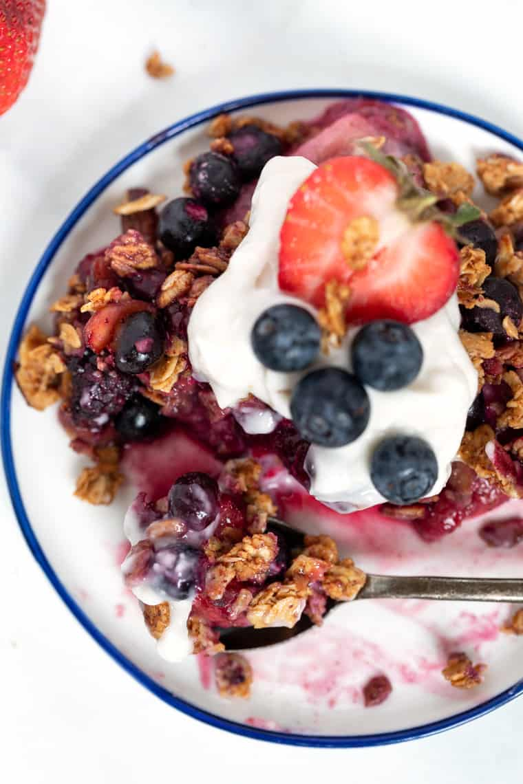 Plate of Berry Crumble with Coconut Yogurt