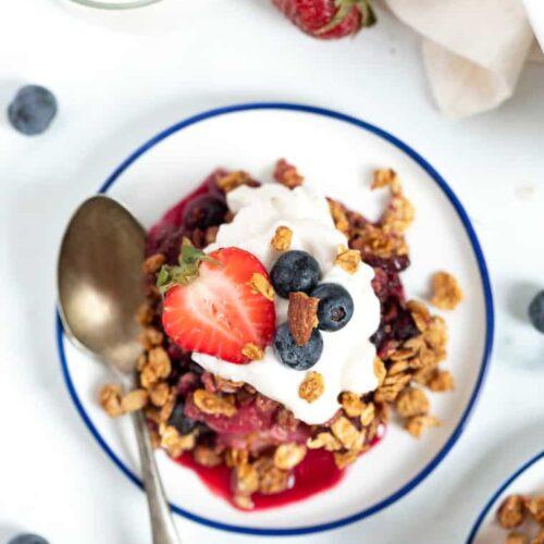 Easy Mixed Berry Crisp Recipe