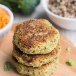 Cheezy Broccoli Quinoa Burgers