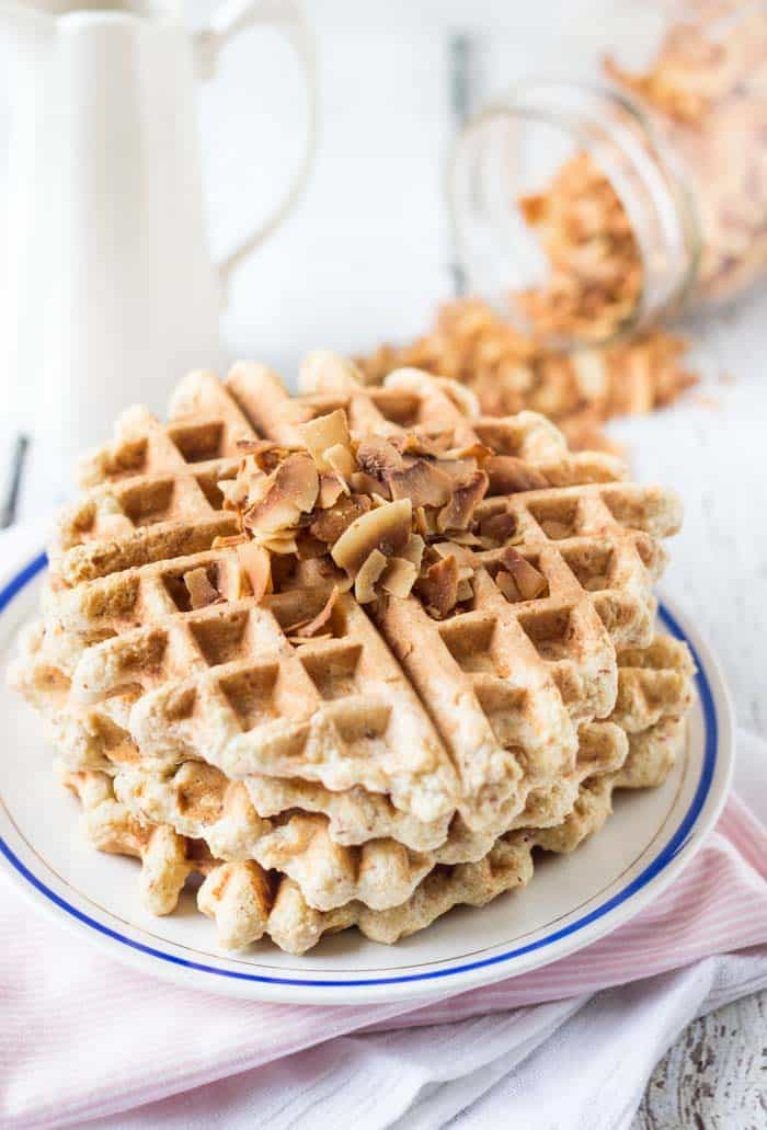 Easy Gluten-Free Waffles using @BobsRedMill 1-to-1 Baking Flour