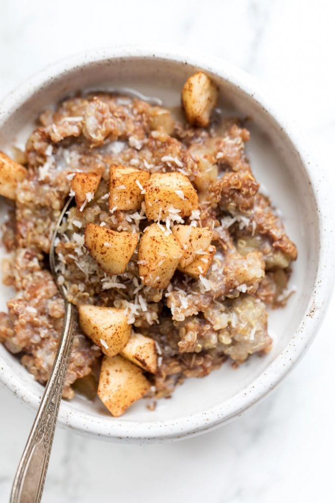 how to make breakfast quinoa with just 5 ingredients