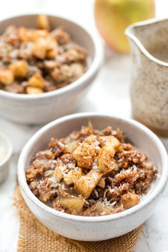 how to make breakfast quinoa with cinnamon and apples