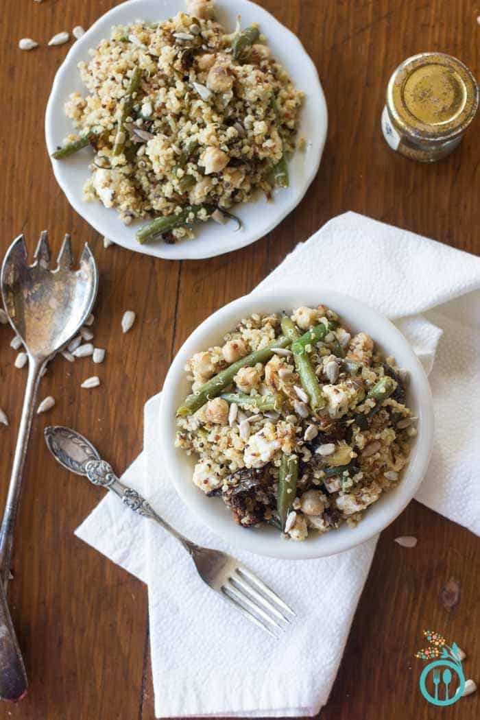 Healthy Quinoa Salad Recipe perfect for Thanksgiving - with roasted vegetables and a toasted spice vinaigrette