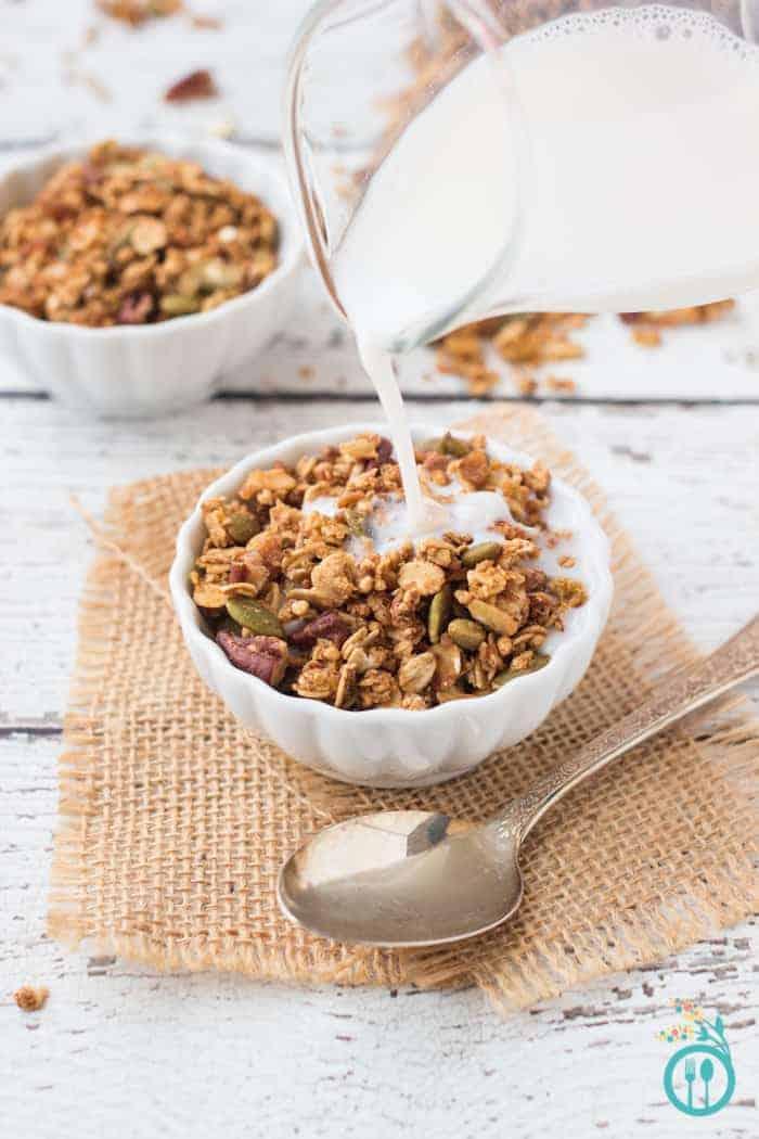 Healthy Pumpkin Quinoa Granola (gluten-free + vegan)