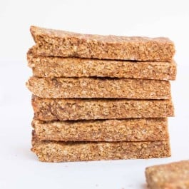 healthy-quinoa-granola-bars