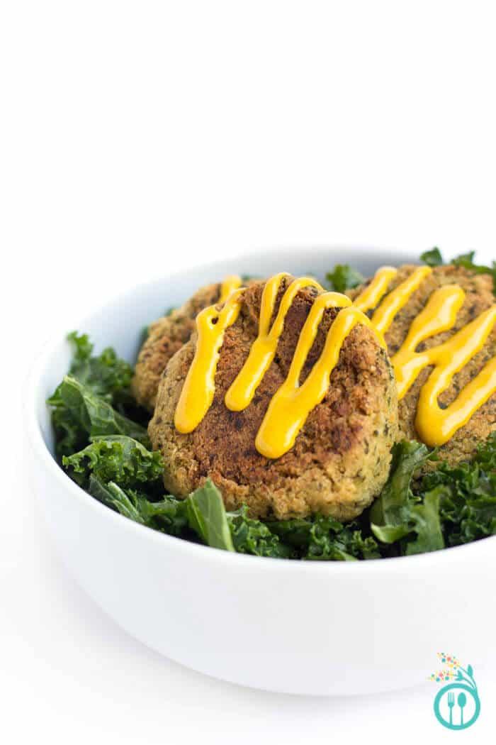 baked-quinoa-falafel-3