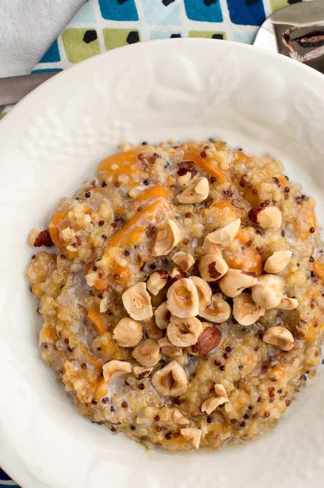 slow cooker breakfast quinoa with apricots and hazelnuts