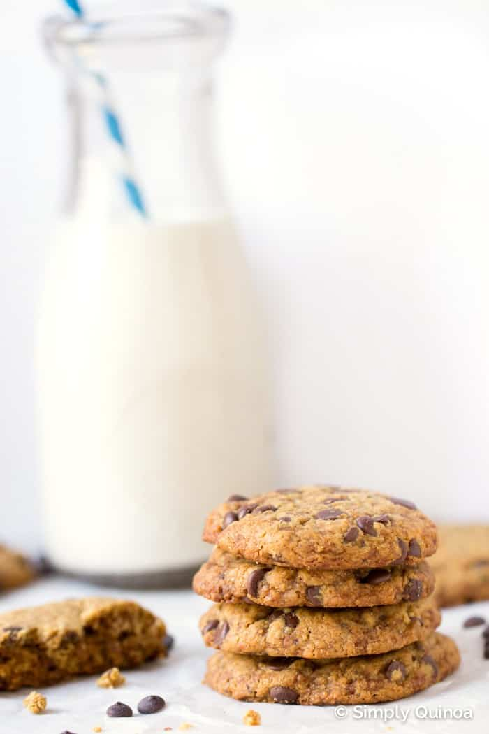 The BEST EVER Coconut Oil Chocolate Chip Cookies - they're gluten-free, vegan and refined sugar-free!
