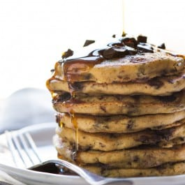 Superfood Chocolate Quinoa Pancakes