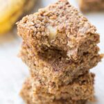 Healthiest breakfast bars ever >> Flourless Banana Quinoa Breakfast Bars [gluten-free + vegan]