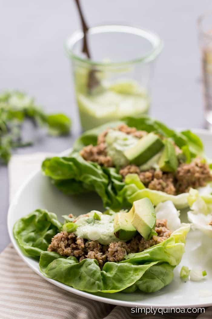 MUSHROOM + QUINOA LETTUCE WRAPS with a creamy cashew-lime sauce + diced avocado | simplyquinoa.com