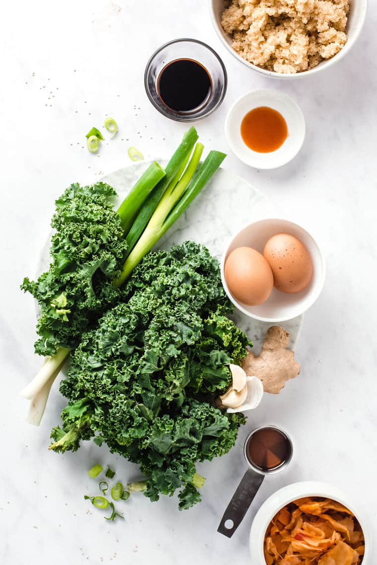 ingredients like kale, eggs, quinoa for healthy quinoa bowls