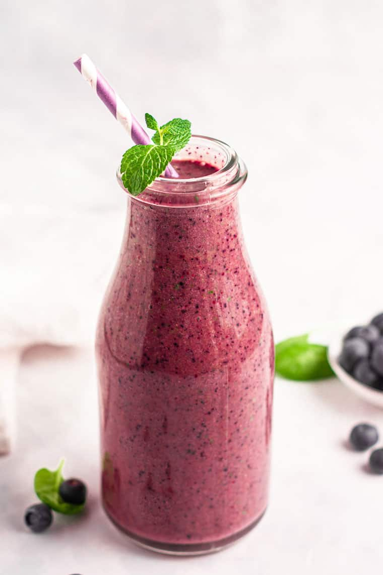 post workout smoothie recipe with fruit, coconut water and protein