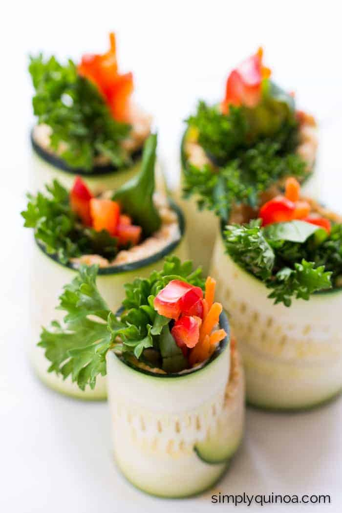 The PERFECT summer meal: Hummus Zucchini Roll Ups with quinoa + fresh veggies | simplyquinoa.com