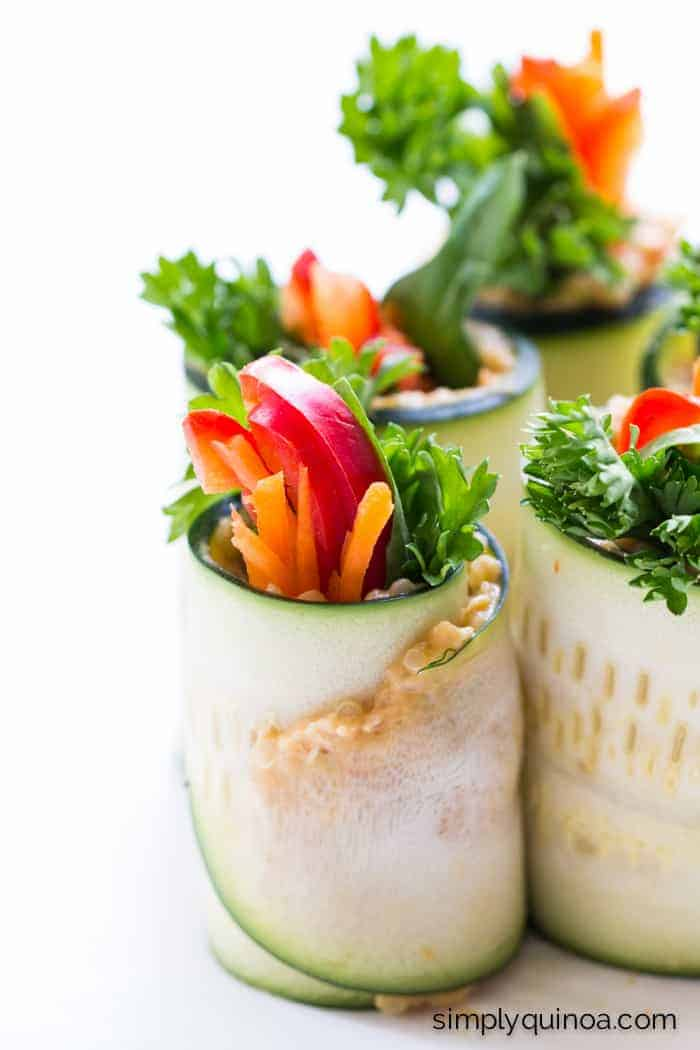 Quinoa + Hummus Zucchini Roll Ups - a quick, easy and delicious appetizer that's healthy and filled with protein || simplyquinoa.com