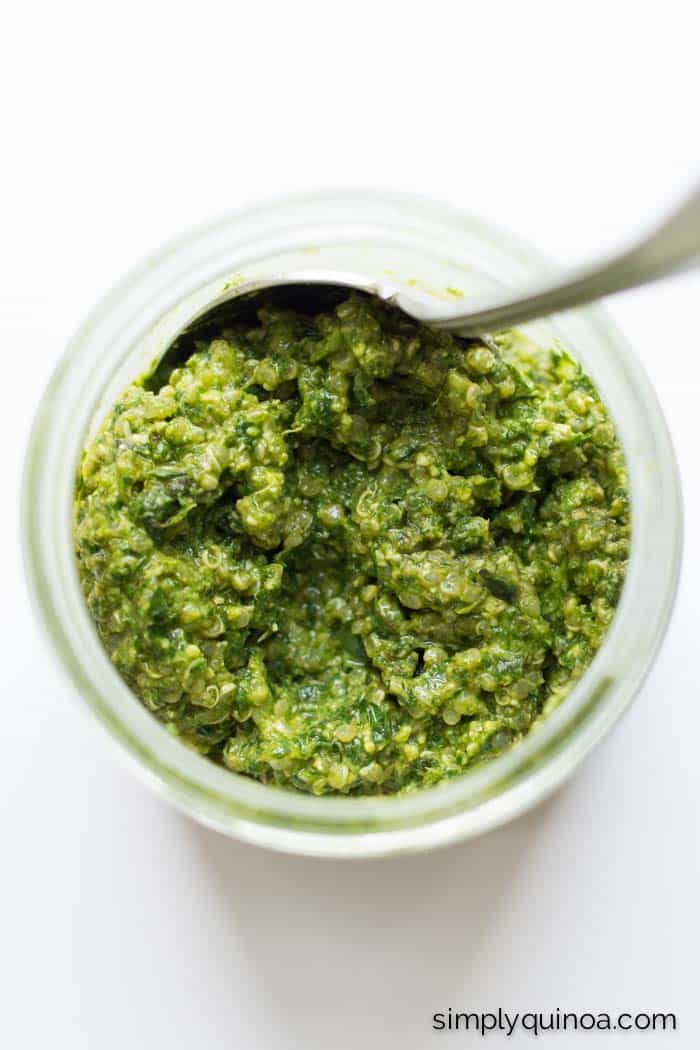 Easy vegan pesto sauce with quinoa and pine nuts
