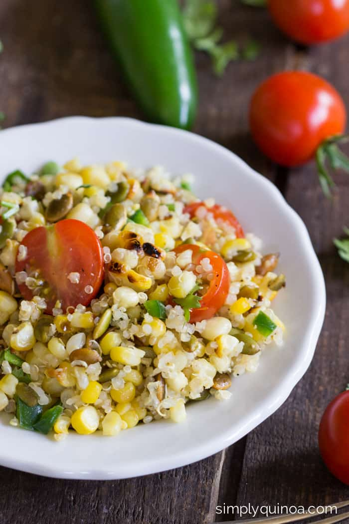 Char Grilled Corn Quinoa Salad makes for the most delicious summer side dish! recipe on simplyquinoa.com