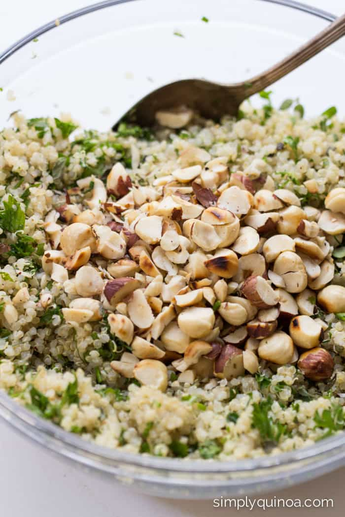 Lemon Herb Quinoa Salad with toasted hazelnuts and a peppery vinaigrette | recipe on simplyquinoa.com