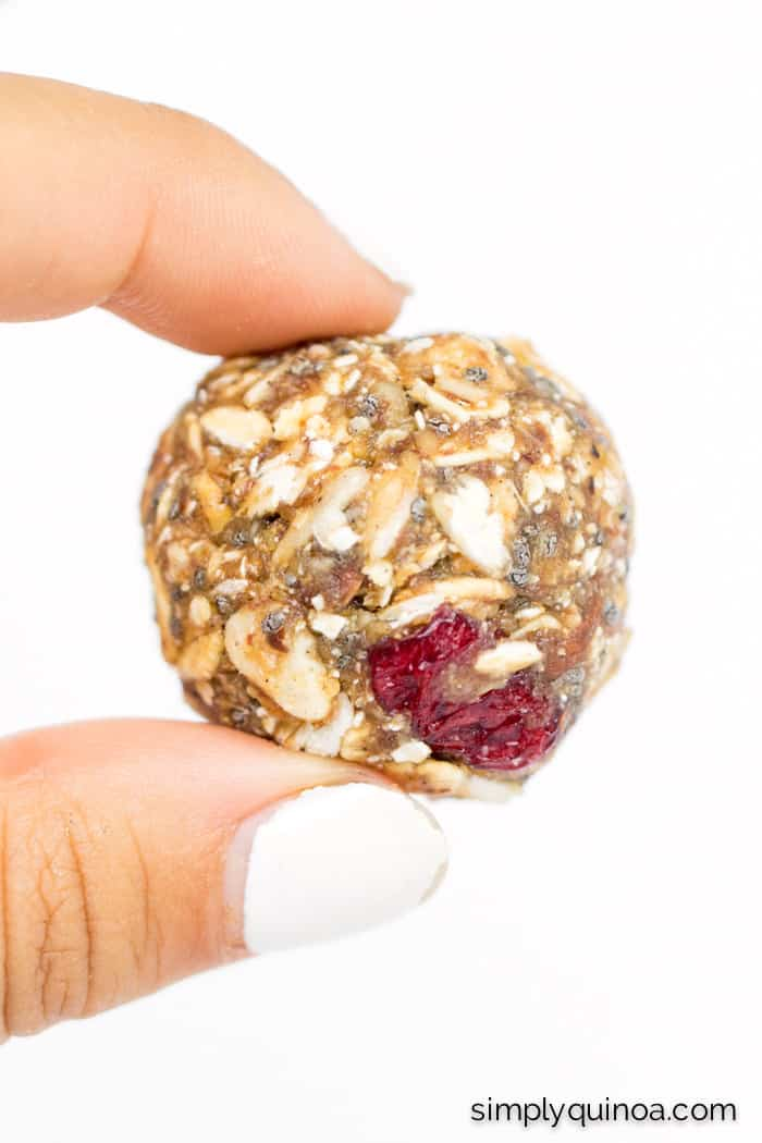 No Bake Muesli Energy Bites -- easy to make, packed with nutrients, low in sugar and perfect for a quick snack!   full recipe on simplyquinoa.com