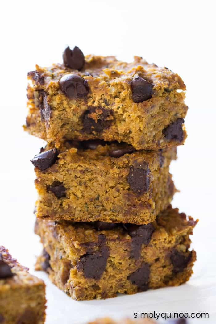 Pumpkin Chocolate Chip Chickpea Blondies made with quinoa flour + hemp hearts for extra protein   gluten-free & vegan   simplyquinoa.com