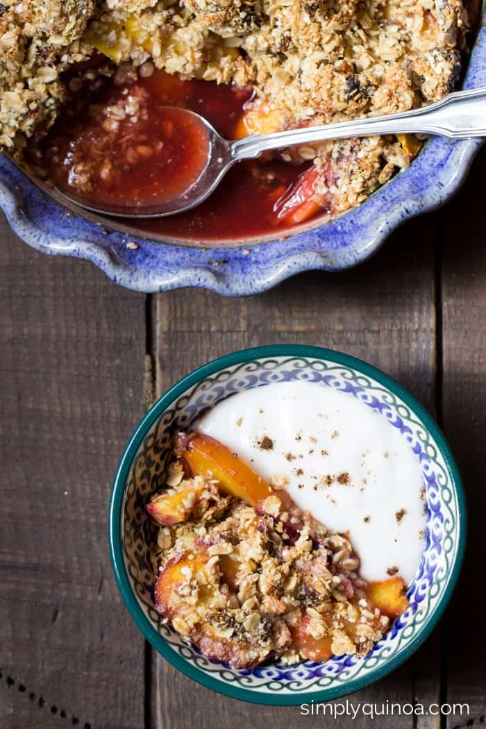 Make the most AMAZING stone fruit crumble using quinoa flakes, coconut oil + dates | simplyquinoa.com | gluten-free + vegan