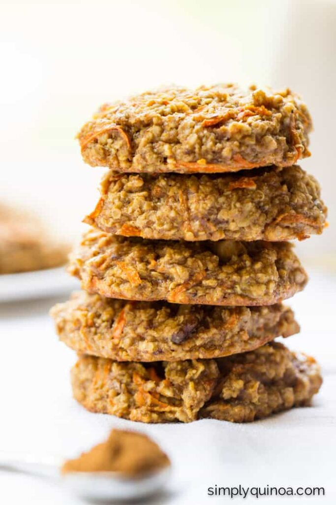 Carrot Cake Quinoa Breakfast Cookies - a healthy, on-the-go breakfast option that tastes like dessert! | recipe on simplyquinoa.com