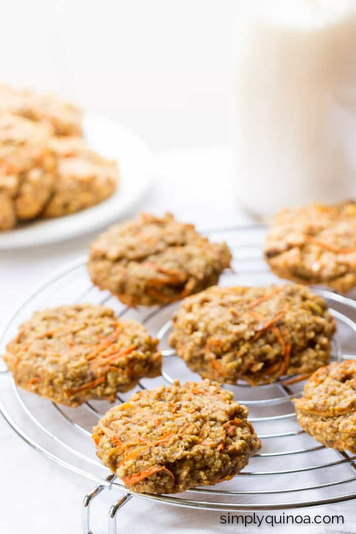 Healthy Quinoa Breakfast Cookies that taste like carrot cake! | recipe on simplyquinoa.com