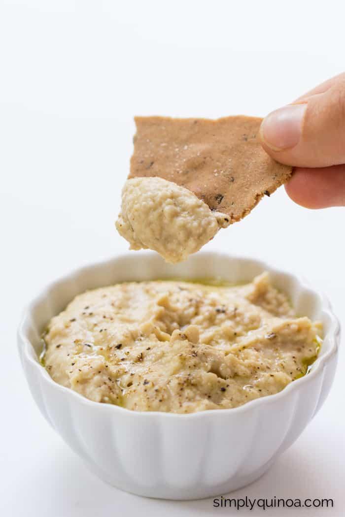 These quinoa crackers are AMAZING - they're also gluten-free + vegan | recipe on simplyquinoa.com