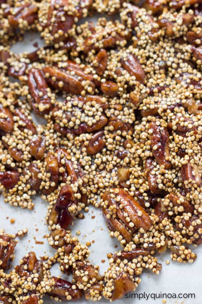 An awesome alternative to candied nuts >> Coconut Sugar Candied Pecans! (with quinoa mixed in for fun)