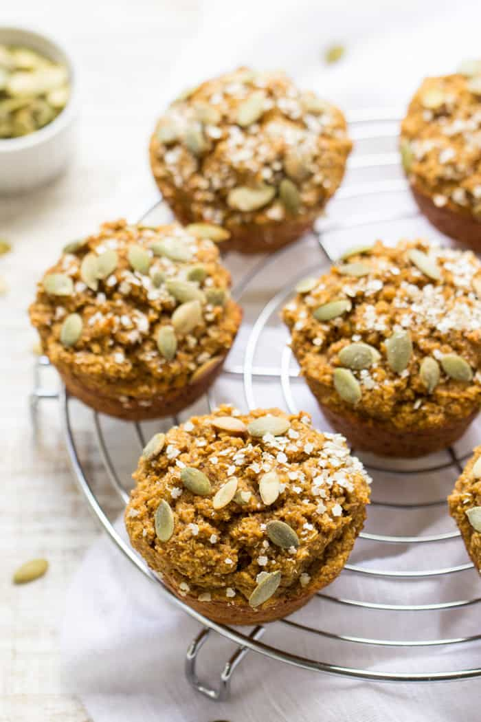 Vegan Pumpkin Quinoa Muffins - healthy and packed with fiber and protein | recipe on simplyquinoa.com