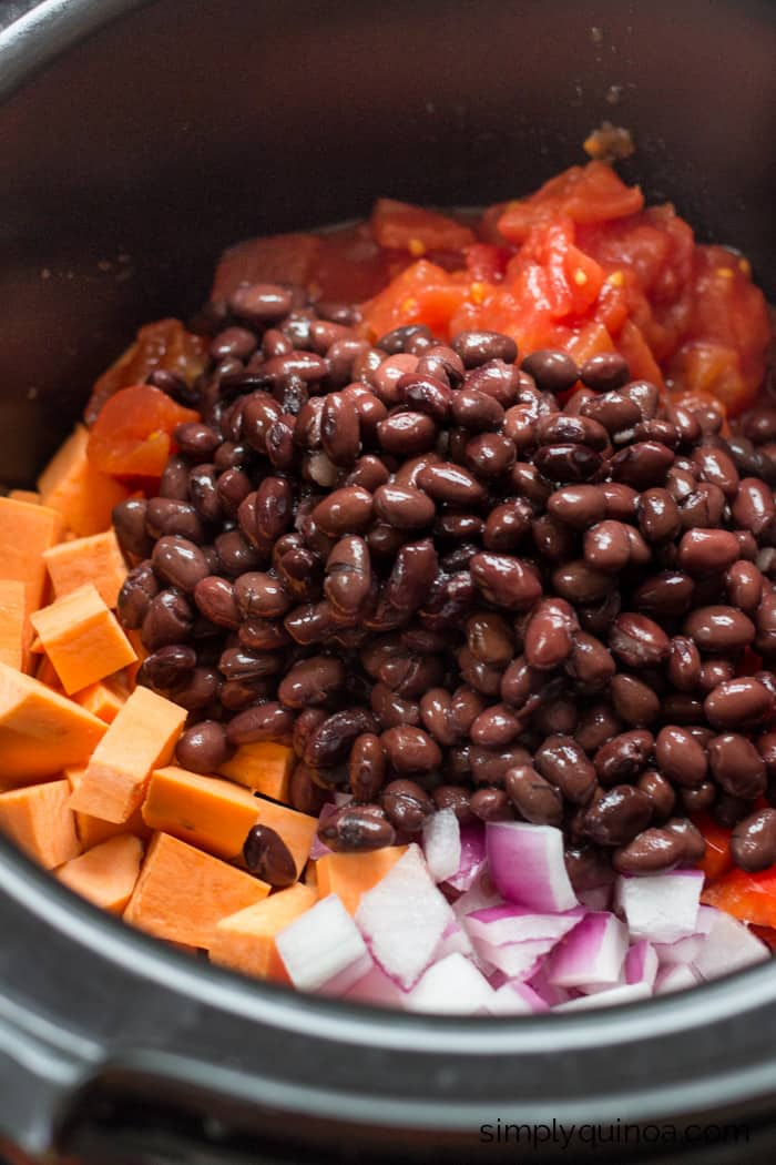 Crockpot Sweet Potato & Black Bean Quinoa Chili | vegetarian + gluten-free | recipe on simplyquinoa.com