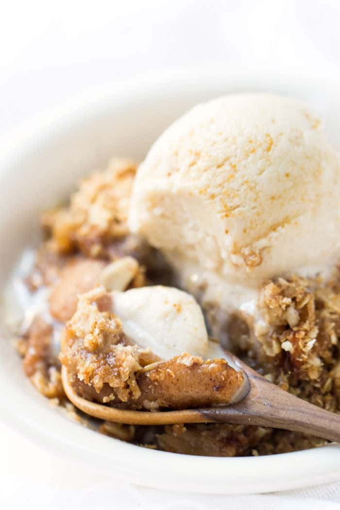This quinoa apple crisp is probably the easiest dessert you'll ever make because... it's made in the SLOW COOKER!