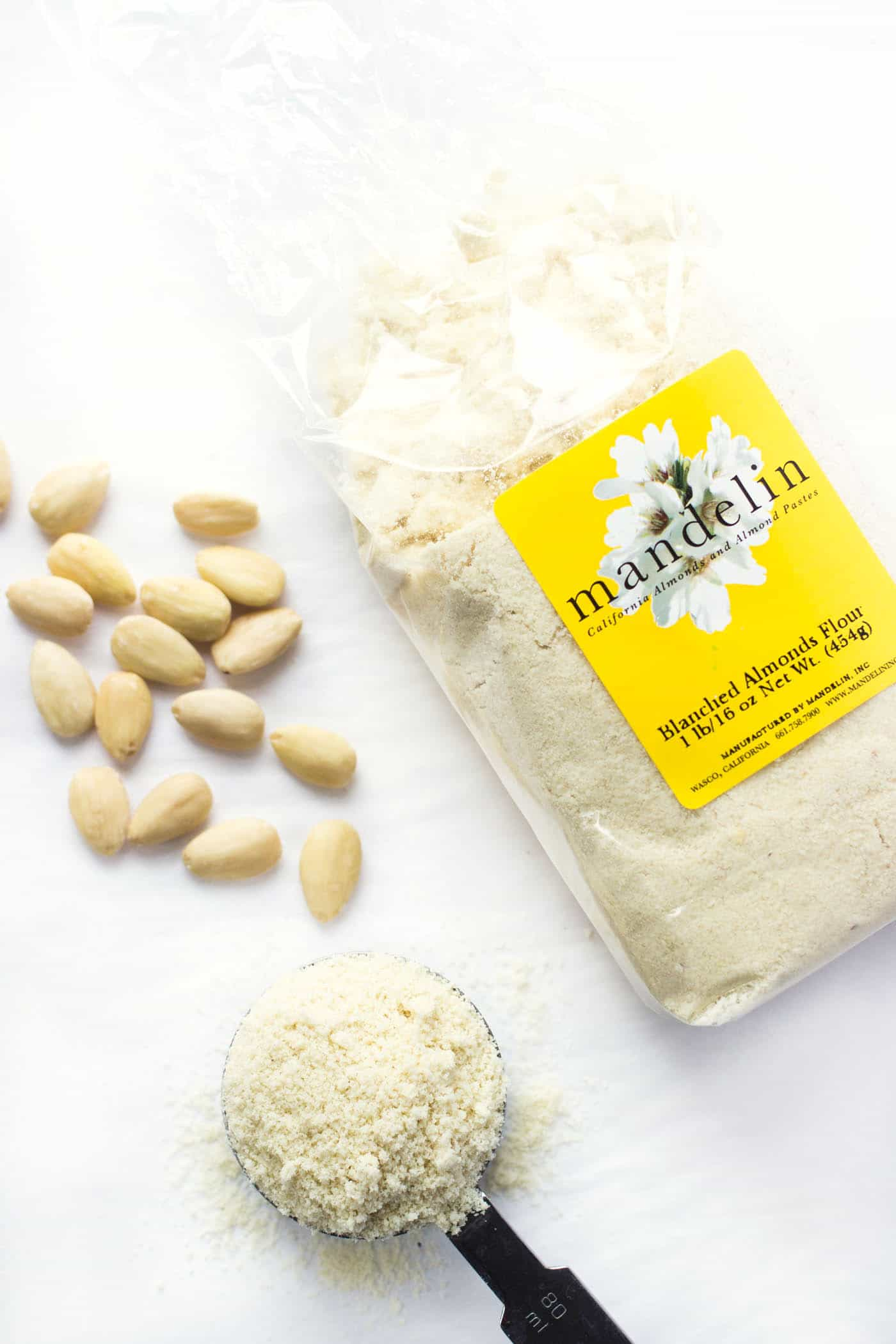 Blanched almond flour vs. almond meal: can you substitute them 1:1? Check out the answers here >>