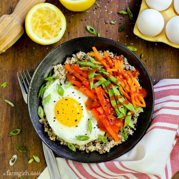 quinoa bowl recipe with eggs and vegetables