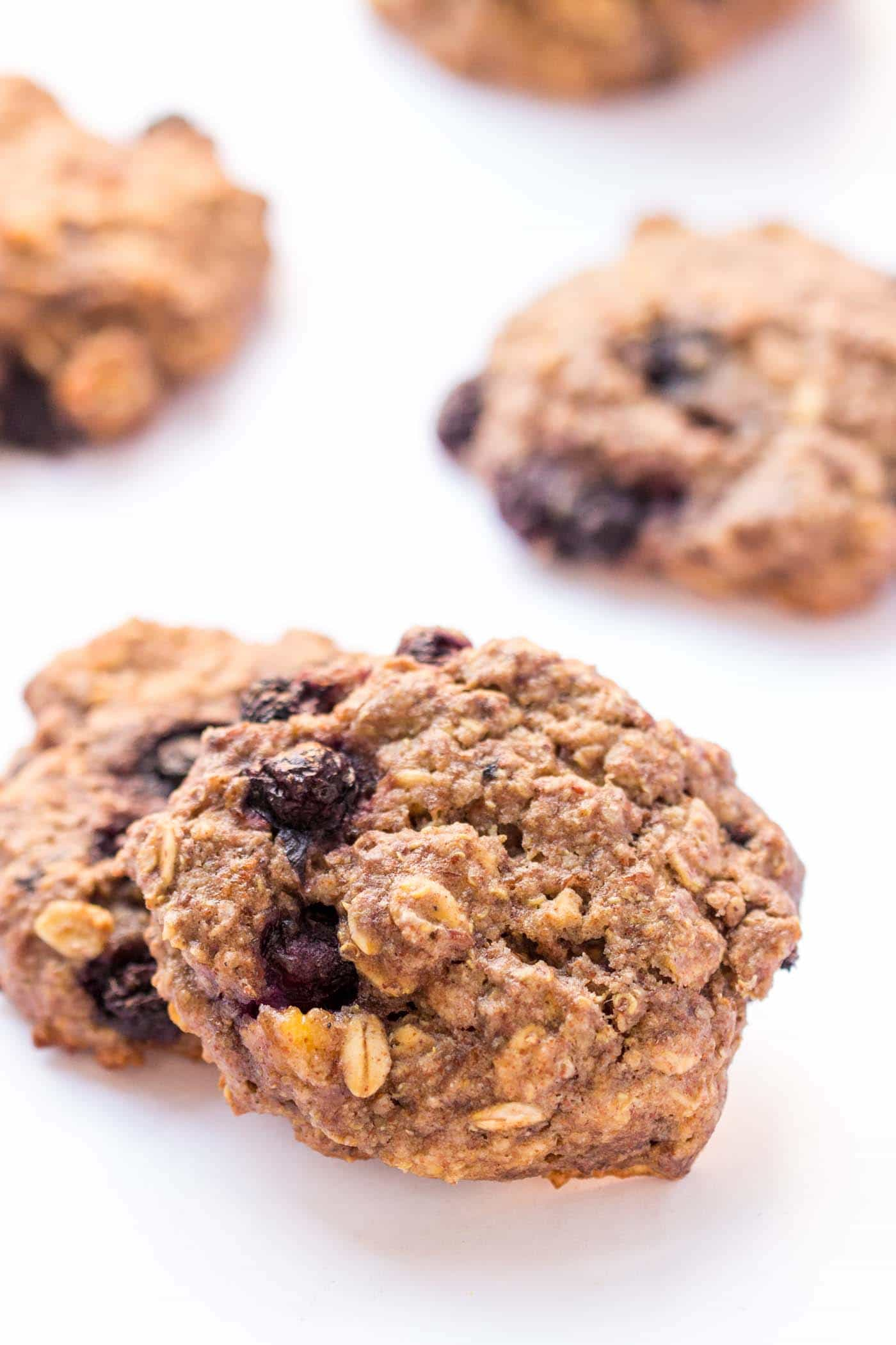 QUINOA BREAKFAST COOKIES!! These taste like a cross between blueberry muffin tops and oatmeal pancakes, but are in the form of a portable, nutritious cookie! [gluten-free + vegan]