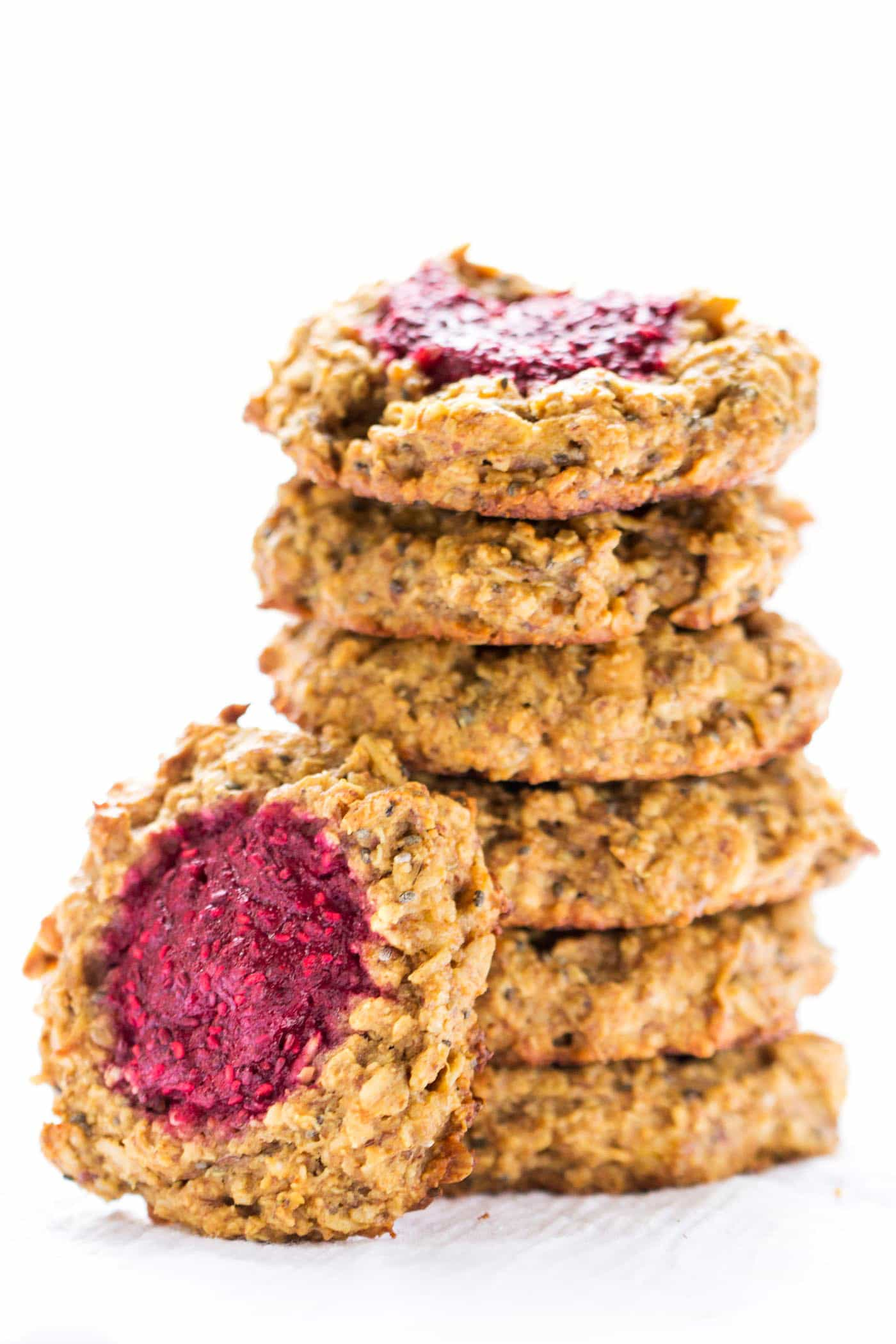 VEGAN! Quinoa Breakfast Cookies that taste like peanut butter + jelly sandwiches....simple, healthy and SO GOOD!