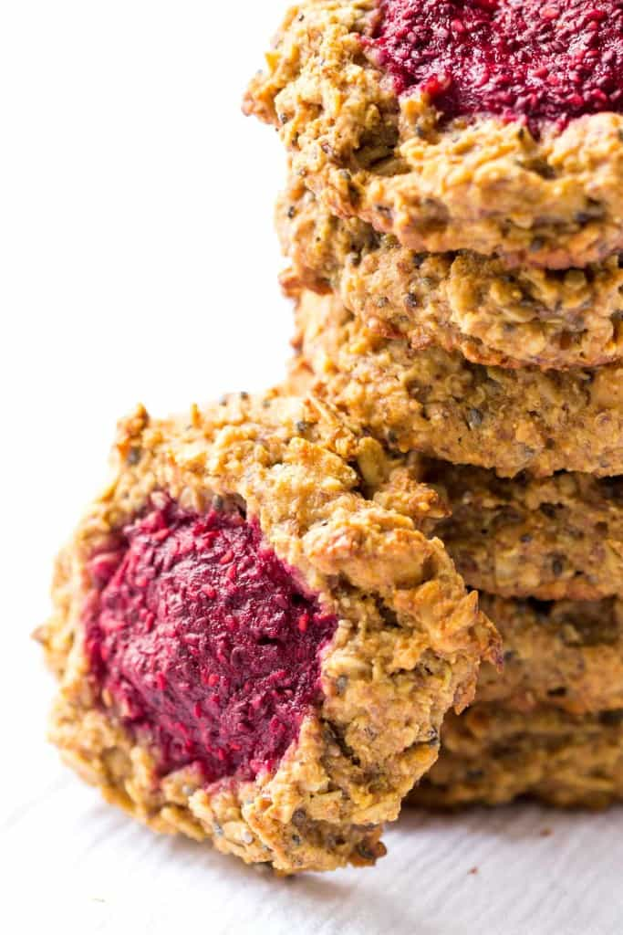 These AMAZING peanut butter + jelly breakfast cookies are the perfect way to start the day - high protein, low sugar and all natural
