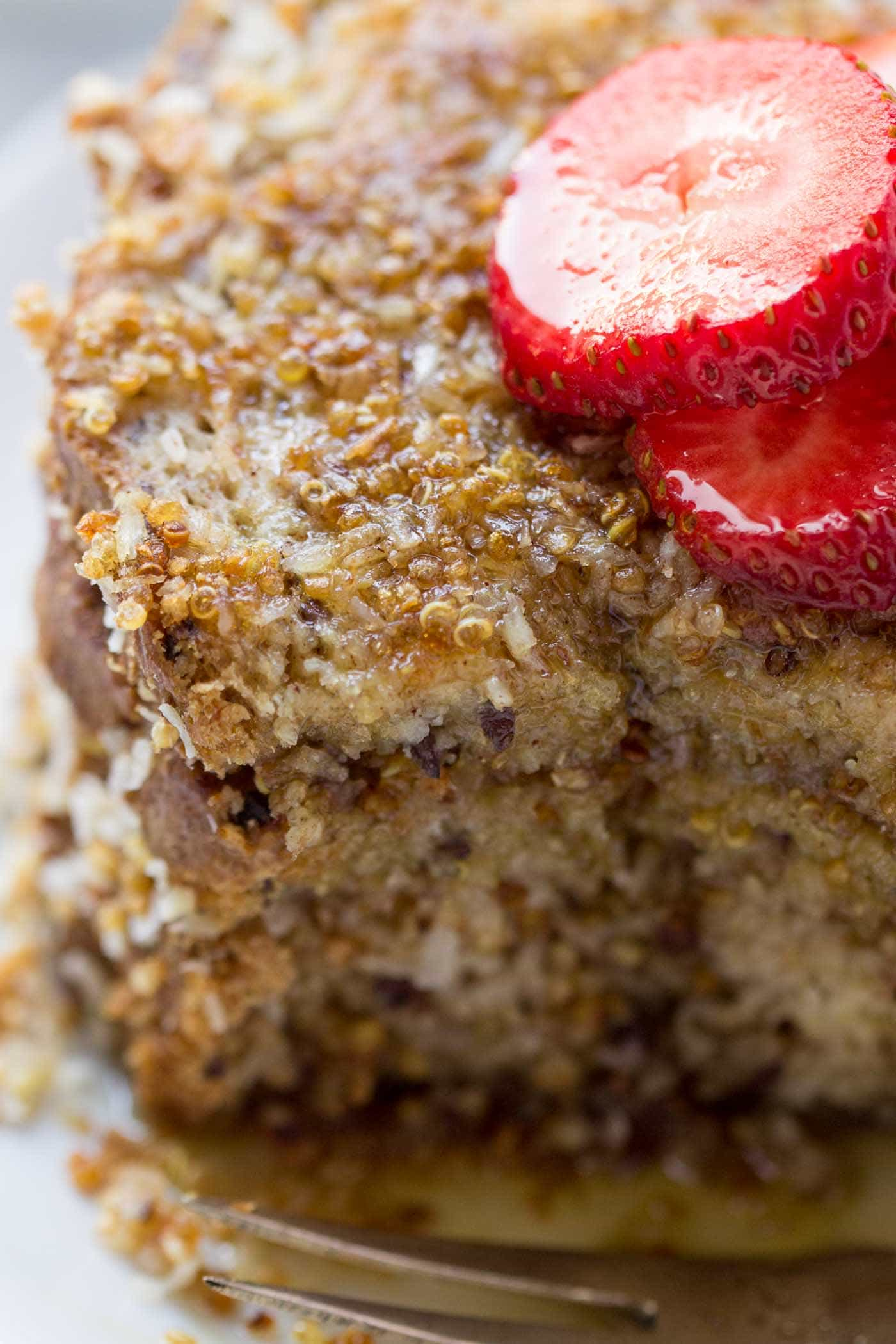 Vegan French Toast with a crispy quinoa + coconut crust -- only 7 ingredients, super simple and SO HEALTHY!