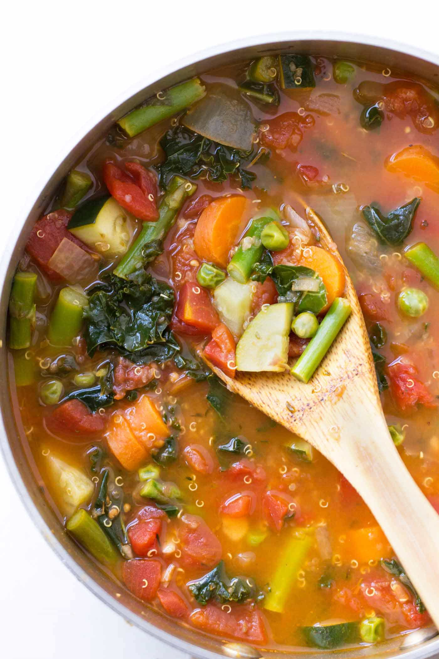 This EASY Quinoa Minestrone is packed with spring vegetables -- light, healthy and the perfect weeknight meal! [vegan]