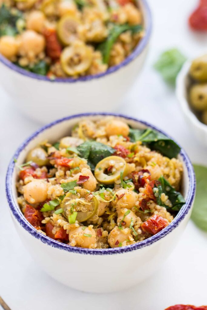 One Pot Mediterranean Quinoa